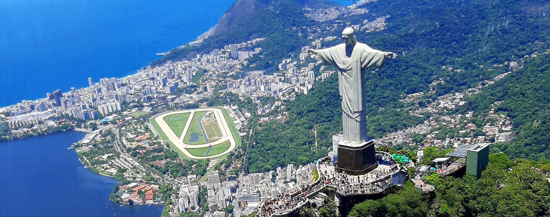 Voo de Helicóptero no Rio